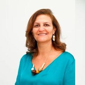 Lara de Araújo Torreão